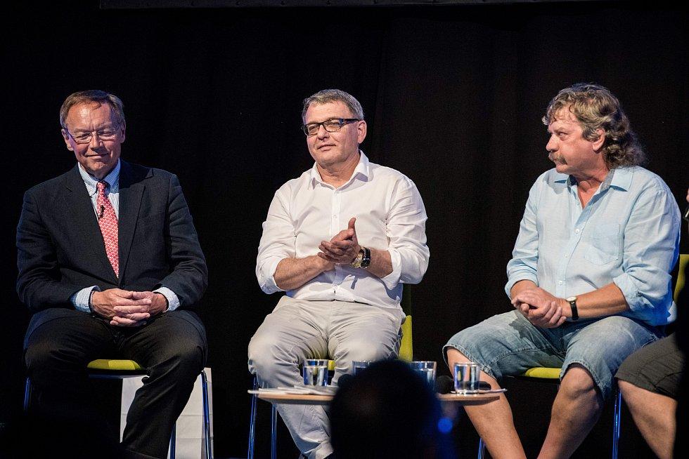 Hudební festival Colours of Ostrava v Ostravě 19. července 2017. Na snímku - (zleva) Igor Lukeš, Lubomír Zaorálek a Jan Keller.
