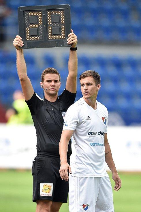 Utkání 5. kola první fotbalové ligy: FC Baník Ostrava - Bohemians 1905 , 10. srpna 2019 v Ostravě. Na snímku (vpravo) Jakub Pokorný.