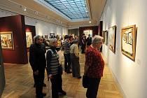 V Galerii výtvarného umění v Ostravě nebylo o uplynulém víkendu k hnutí. Na poslední chvíli si lidé nechtěli nechat ujít poslední šanci prohlédnout si dvě stě uměleckých děl za více než miliardu korun.