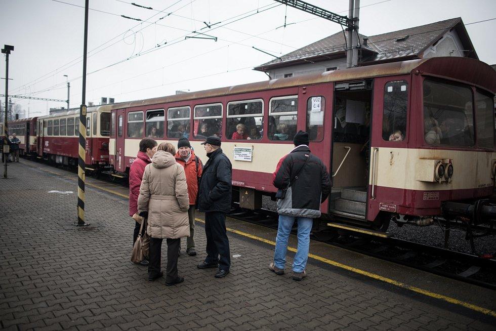 Vyjížďka mimořádným vlakem po šachtách Ostravsko-karvinského revíru. Ilustrační snímek z roku 2017.