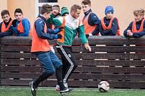 Setkání bývalých a současných hráčů akademie fotbalového klubu Baníku Ostrava.