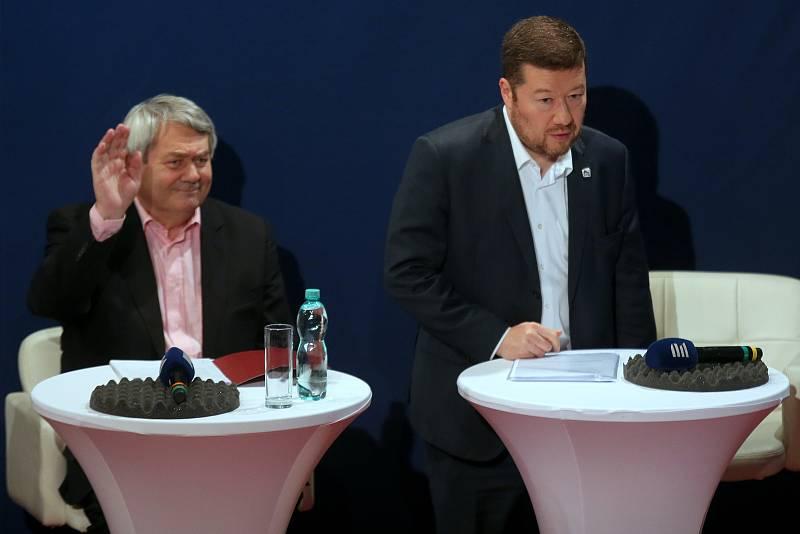 Tomio Okamura (SPD) při předvolební debatě.
