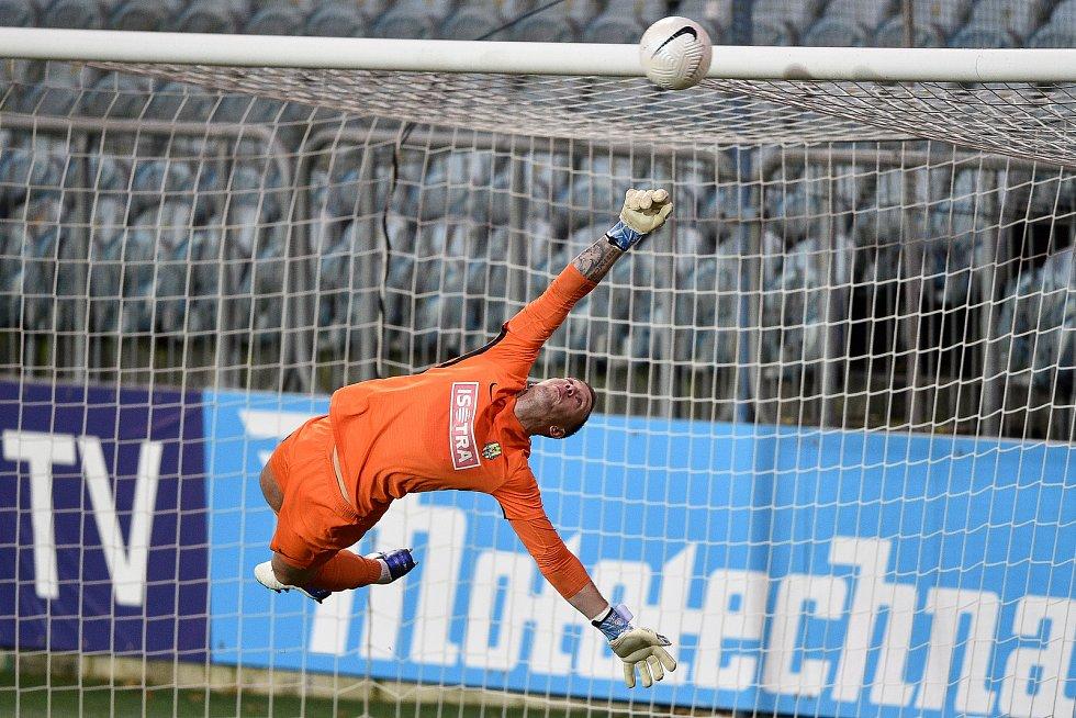 Utkání 10. kola první fotbalové ligy: SFC Opava - FC Baník Ostrava, 5. prosince 2020 v Opavě. brankář Opavy Vilém Fendrich z Opavy.