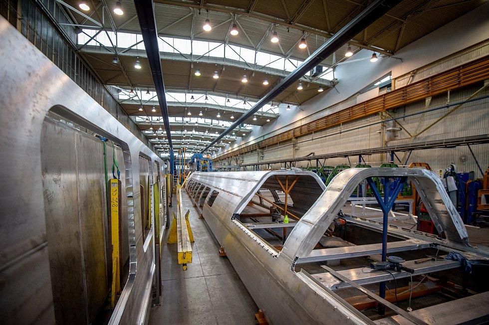 Škoda Vagonka vyrábí elektrické vlaky. Je přímým pokračovatelem 120let dlouhé tradice výroby osobních kolejových vozidel ve Studénce, do Ostravy se výroba přestěhovala vroce 2001.