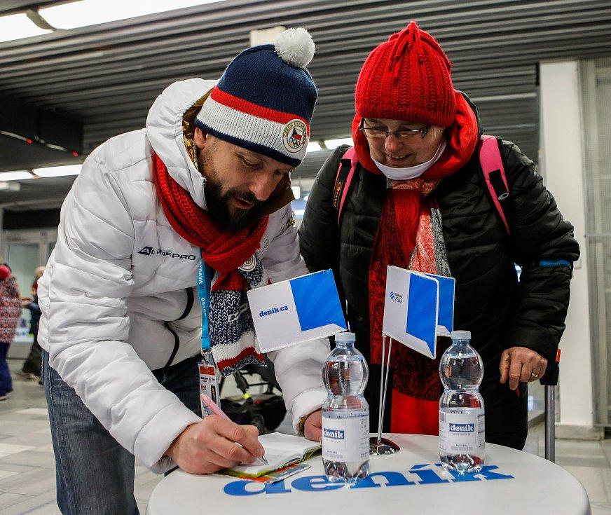Olympijský festival u Ostravar Arény, neděle 18. února 2018 v Ostravě. Primátor Ostravy Tomáš Macura navštívil stánek Deníku