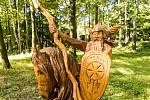 Dřevěné sochy slovanských bohů - Perun.