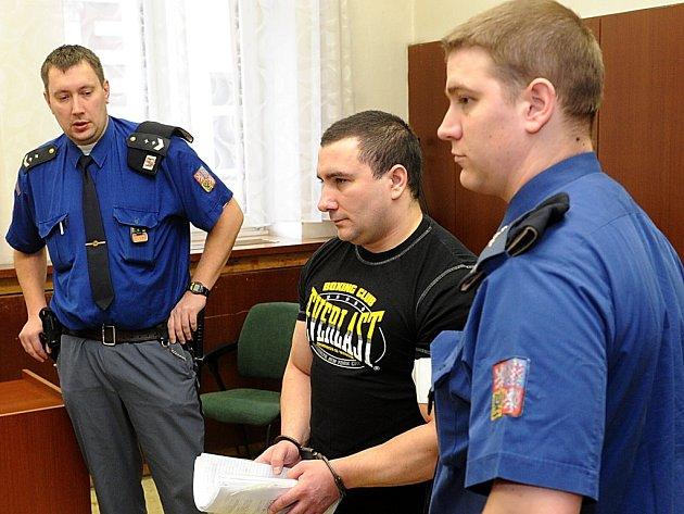 Petr Tannenberg prodával marihuanu a pervitin. Mezi jeho stále klienty patřili zejména Poláci.