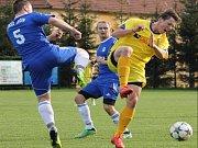 STARÝ JIČÍN (v modrém) se po dvou porážkách konečně dočkal první výhry v sezoně.