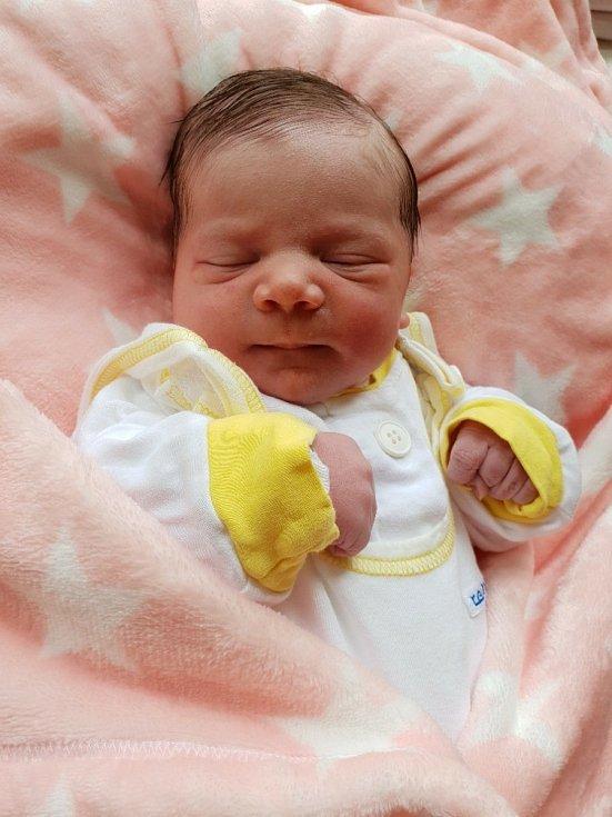 Tereza Binartová, Opava, narozena 10. června 2021 v Opavě, míra 48 cm, váha 3470 g. Foto: Lucie Dlabolová, Andrea Šustková
