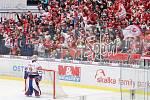 Čtvrtfinále play off hokejové extraligy - 3. zápas: HC Vítkovice Ridera - HC Oceláři Třinec, 24. března 2019 v Ostravě. Na snímku (vlevo) brankář Vítkovic Patrik Bartošák.