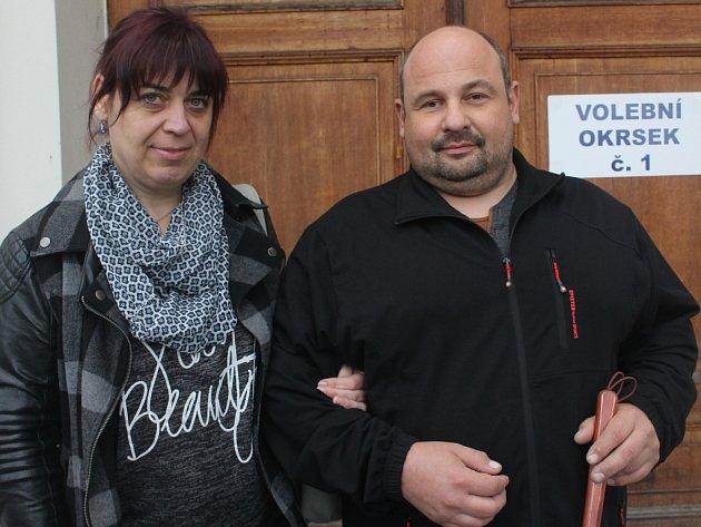 Nevidomý David Šachteli se svou ženou Petrou.