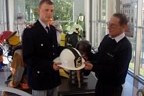 Uniforma německých dobrovolných hasičů z počátku devadesátých let minulého století