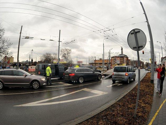 Zásah celníků v rušném centru Ostravy.