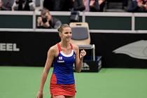 Karolína Plíšková (na snímku) v sobotu v Ostravě porazila Laru Arruabarrenaovou. Po prvním dnu 1. kola Světové skupiny Fed Cupu je tak stav Česko - Španělsko 1:1.