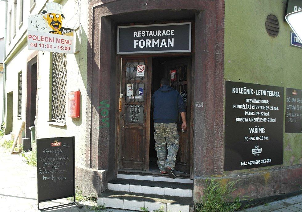 Pondělí 31. května v ostravské restauraci Forman.