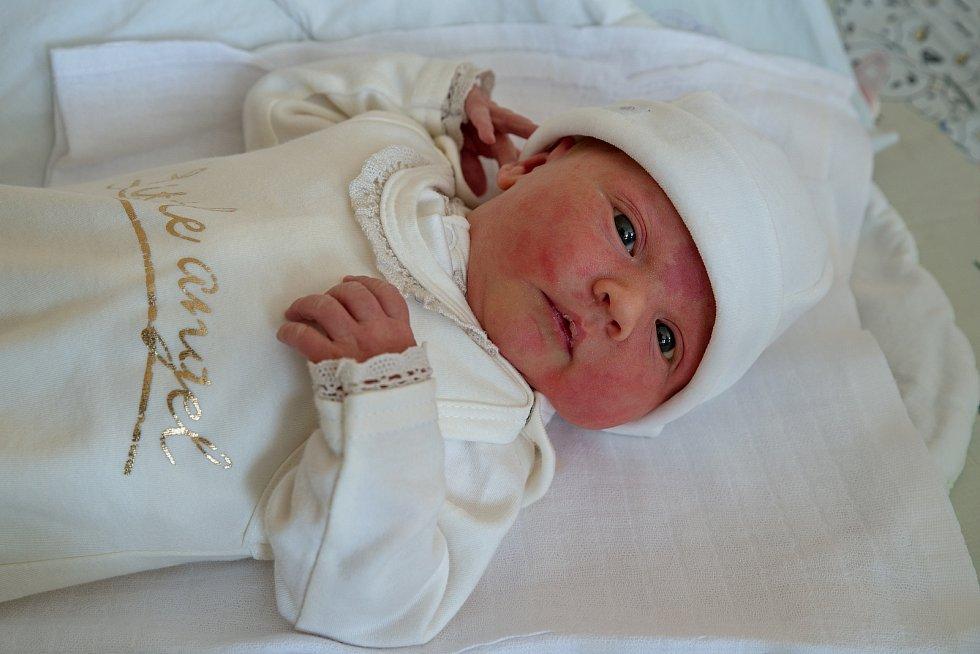 Ema Chrastina z Písečné, narozena 26. dubna 2021 v Karviné, míra 48 cm, váha 3450 g. Foto: Marek Běhan