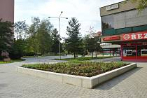 Prostranství v blízkosti areálu Savarin.