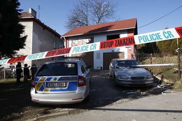Místo výbuchu rodinného domu vOstravě-Martinově.