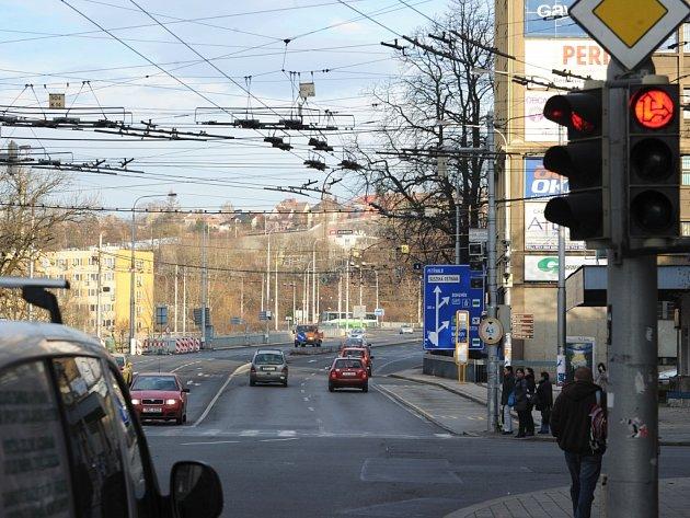 Nejhlídanější křižovatka v Ostravě je spojnice ulic Českobratrské a Sokolské.