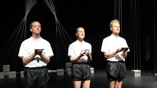 Ukázka performancí, které budou k vidění na letošním MOVE Festu v Ostravě.