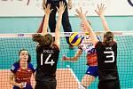Zápas o 3. místo, turnaj druhé divize Grand Prix volejbalistek: Česká republika - Německo, 30. července v Ostravě. (smeč) Toufarová Marie.