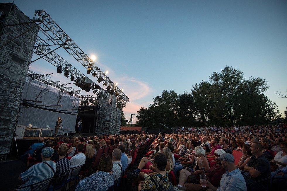 Letní shakespearovské slavnosti na Slezskoostravském hradě.