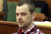 Petr Kramný (37 let) z Karviné je obžalovaný z dvojnásobné vraždy.