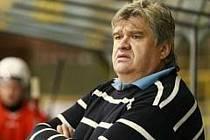 Hokejový kouč Karel Suchánek