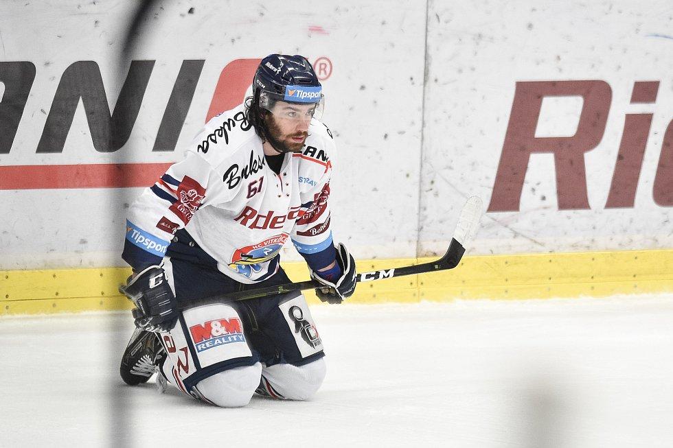 Čtvrtfinále play off hokejové extraligy - 4. zápas: HC Vítkovice Ridera - HC Oceláři Třinec, 25. března 2019 v Ostravě. Na snímku Peter Trška, smutek Vítkovic.
