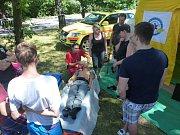 Dne policie se v Ostravě účastnili také zdravotníci záchranné služby.