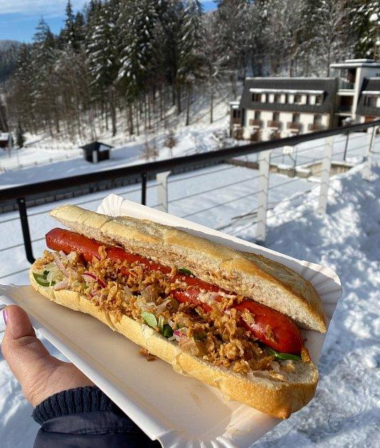 Velké Karlovice lákají na sáňkování, snowtubing iběžky.