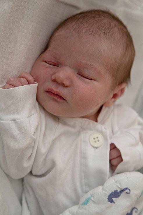 Marie Hrčkuláková z Dětmarovic, narozena 5. července 2021 v Karviné, míra 49 cm, váha 2750 g. Foto: Marek Běhan