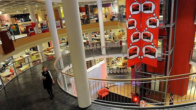 Prvním nájemcem nové jižní části Avion Shopping Parku v Ostravě-Zábřehu se stal rakouský obchodní řetězec s nábytkem Kika.