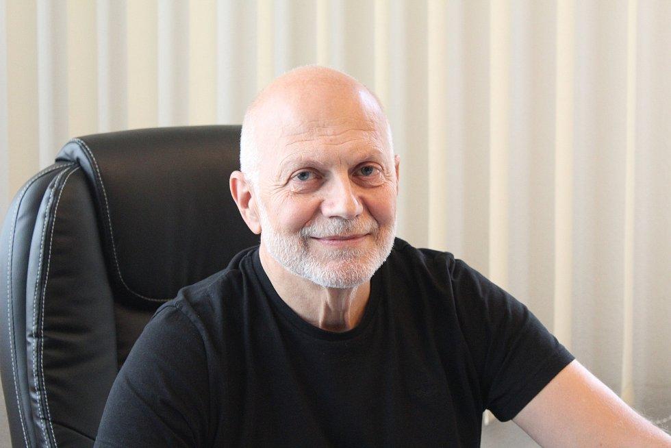 Starosta Vřesiny Jiří Kopeň.