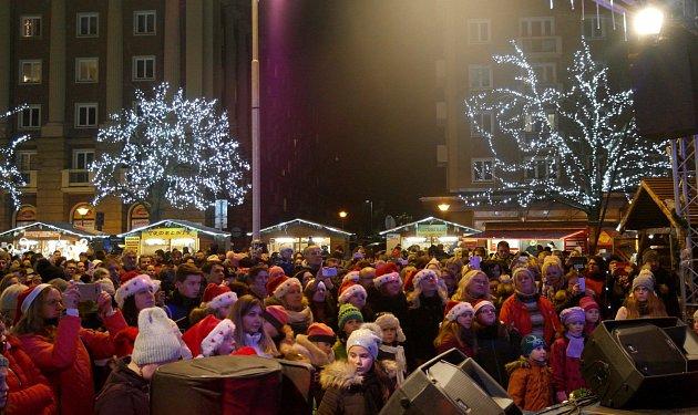 Akce Deníku Česko zpívá koledy vOstravě-Porubě, středa 12.prosince 2018