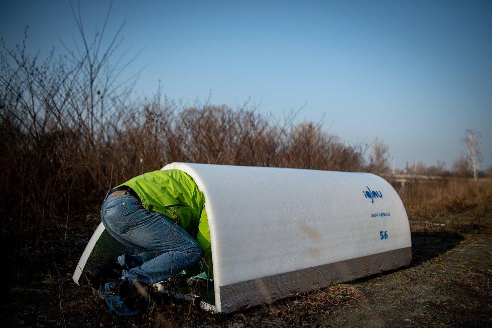 Nouzový přístřešek pro lidi bez domova od firmy iglou.cz, 22. ledna 2019 v Ostravě.