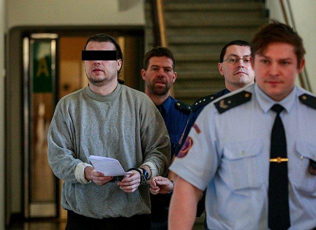 Za obchodování s léčivy byl Vlastimil H. odsouzen k devíti rokům vězení.