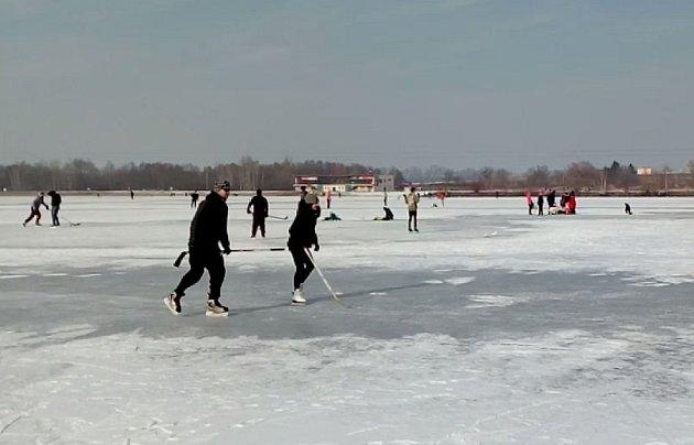 Bruslení na hlučínském jezeře Šterkovna.