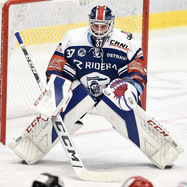 Utkání 15. kola hokejové extraligy: HC Vítkovice Ridera - Mountfield Hradec Králové, 9. listopadu 2020 v Ostravě. brankář Daniel Dolejš z Vítkovic.