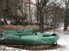 """Potrubí je jedna z věcí, které park doslova hyzdí. Ať dopadne radnice Poruby s dotací jakkoliv, horkovod chce rozhodně """"dostat"""" pod zem."""