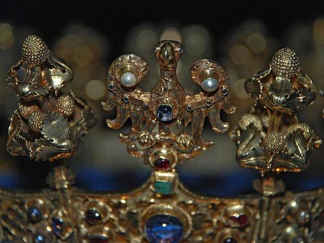 Neznámý zlatník: Koruna královny Blanky z Valois z 1. třetiny 14. století.