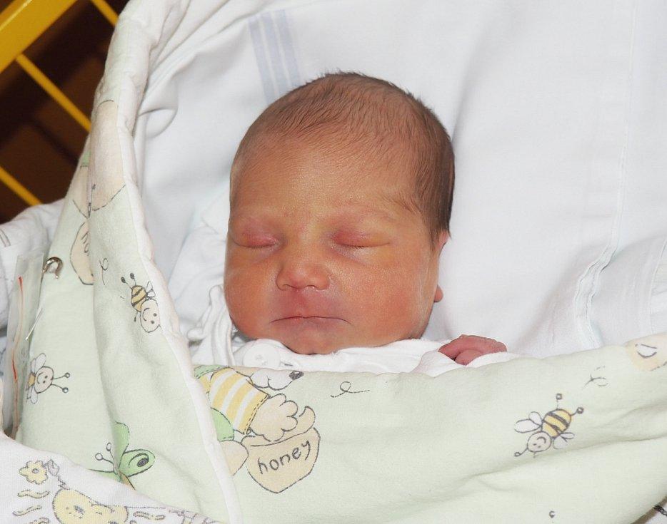 Jen Julinka, 3. 3. 2019, 3130 g, Frýdek – Místek. Fakultní nemocnice Ostrava.