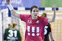 ŠÁRKA MARČÍKOVÁ si v závěru minulého roku splnila své velké házenkářské sny: zahrála si na ME ve Švédsku a s Porubou po zisku titulu vyhrála konečně i Český pohár.
