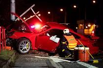 Nehoda vozidla porsche v Ostravě. 12. března 2021