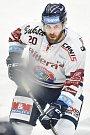 Utkání 30. kola hokejové extraligy: HC Vítkovice Ridera - HC HC Škoda Plzeň, 28. prosince 2018 v Ostravě. Na snímku (zleva) Michal Poletín.