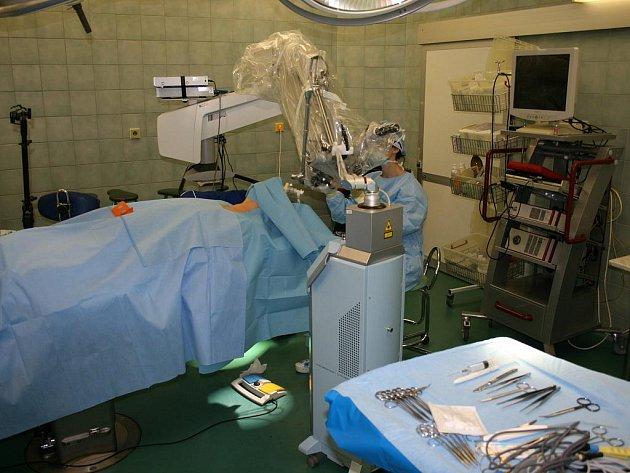 Unikátní laser používají v Moravskoslezském kraji pouze lékaři ORL kliniky ostravské fakultní nemocnice.