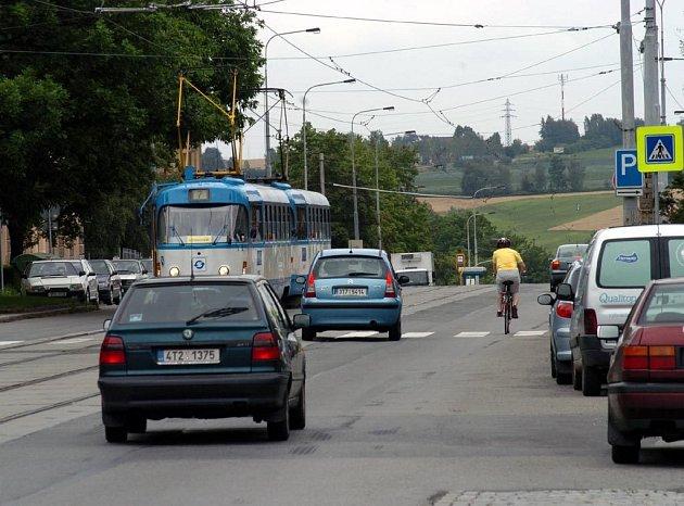Na ulici 17. listopadu v Porubě začnou příští týden práce