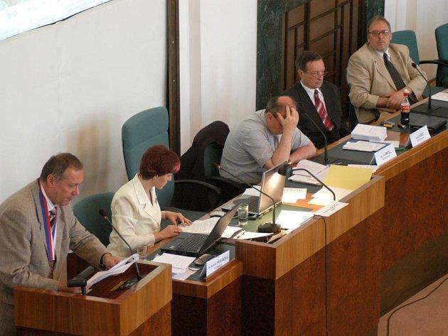 Vedení radnice Moravská Ostrava a Přívoz na jednání zastupitelstva