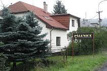 Tato pěstitelská pálenice, kterou provozuje Vladimír Bača, se nachází poblíž Obecního úřadu v Palkovicích.