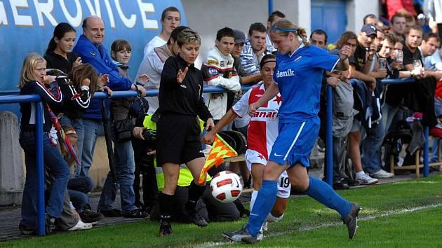 Utkání fotbalistek Baníku s pražskou Slavií se neslo v pohodovém duchu.